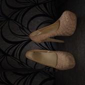 Туфли с камнями 36 размер