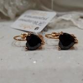 новинка! очень красивые и нежные серьги с черным алпанитом, позолота 585 пробы