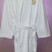 Белый махровый банный халат из натурального хлопка