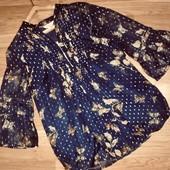 Легкая свободная блузка с длинным рукавом