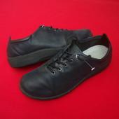 Туфли кроссовки Clarks оригинал 38 размер