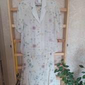 Женский нарядный костюм, размер 52
