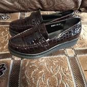 Туфлі весняні лаковані на платформі