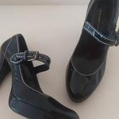 Черные лаковые туфли.в стиле мэри джейн из натуральной кожи Англия