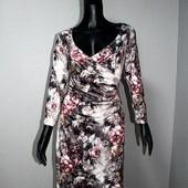 Качество! Шикарное платье с принтом 3/d, от бренда Solo в новом состоянии