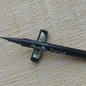 Подводка маркер для глаз Maybelline черный цвет