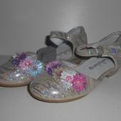 Скоро весна!супер туфельки для золушки.новые.рр 24(16см)