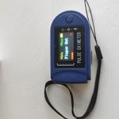 Пульсоксиметр для измерения насыщенности кислорода в крови