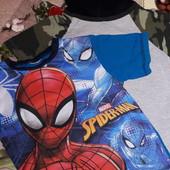 Лот 2 крутые футболки 5-6лет сост.отл.см.замеры
