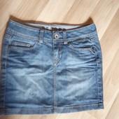 Джинсова юбка в ідеальному стані, 10% знижка на УП