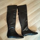 Розпродажа !!!Шкіряні чоботи ботфорди в ідеальному стані , по стельці 25 см, 10% знижка на УП