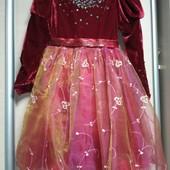 Супер нарядное пышное платье.велюр и фатин.рр.116-128.состояние хорошее.