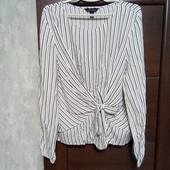 Фирменная красивая вискозная блуза в отличном состоянии р.18-20