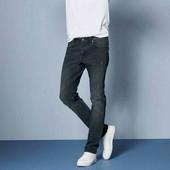 livergy.стильные джинсы slim fit с потертостями  размер 48 замеры.(хлопок)