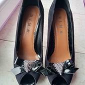 Туфли замшивые, состояние хорошее стелька 23-23.5 см р 37