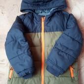 Курточка ( для двора,дачи) на 5-6лет.