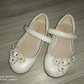 Туфельки на девочку 25-26размер