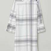 Платье с воротником стойкой H&M размер 32