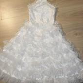 Шикарное платье на выпускной на 5-7лет