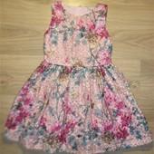 Нарядное вышитое платье на 9лет