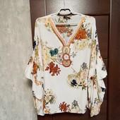 Фирменная красивая вискозная блуза-туника с бусинами по горловине р.18-24 оверсайз.
