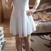 Біле трикотажне плаття на підкладці, стан нового, 10% знижка на УП