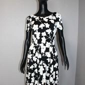 Качество! Стильное платье от бренда Peacocks, в новом состоянии