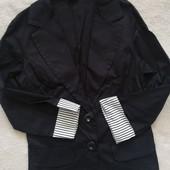 Пиджак черный, лёгкий. Р. S. Италия.
