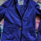 стильный трикотажный пиджак подростку