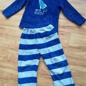 Теплая махровая пижама 110 размер отличное состояние, уп15%,нп5% скидка