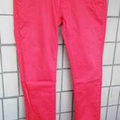 Красные штаны под джинс