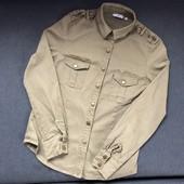 Стильная рубашка с погонами