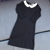 Платье с трендовым воротничком