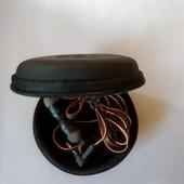 вакуумные наушники с переключателем и чехлом