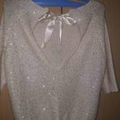 Нарядний,святковий светер.