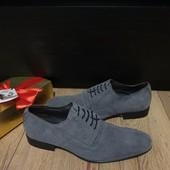Туфлі із натуральної замші зовні і нат.шкіри всередині 39 рр і устілка 27,5 см з носиком.