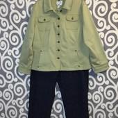 Шикарная, стрейч-котоновая курточка Live a Little для пышных модниц. В Новом состоянии .