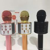 Bluetooth Микрофон Karaoke с встроенным FM радио.цвет случайный