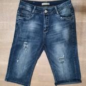 Новые турецкие стрейчевые капри, шорты р. 32, поб 50 см. На бедра 102-106 см. Высокая талия