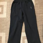 Спортивні штани на зріст 110-116 в стані нових, див.заміри