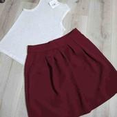 Комплектом  юбка с маечкой,размер европейский 14.