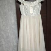 Фирменное новое красивое платье р.10-12 парча и плиссе сетка
