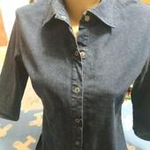 Рубашка джинсовая стретчевая синего цвета на S/M