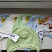 Новые шапочки чепчики на малыша. В лоте 6 чепчиков