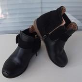 !!!Красивые деми ботиночки F&F 9 размер