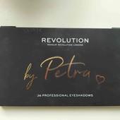 Тени Makeup Revolution X Petra