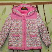 демисезонная курточка на девочку 3- 4года