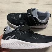 Отличные кроссовки Pro Touch в идеальном состоянии 32 размер стелька 21 см.