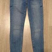 Zara стильные джинсы скинни