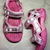ОбНоВоЧкИ! 18 см. Крепкие сандали на отличной подошве